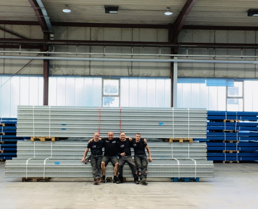 Unser Montageteam hat das Palettenregal demontiert und transportfähig gepackt